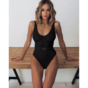 Чёрный слитный купальник с поясом 2019