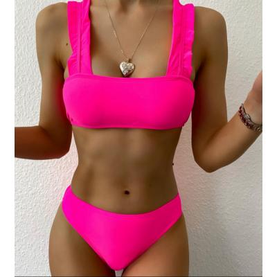 Яркий розовый купальник с рюшами 2020 1197