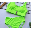 Салатовый завышенный купальник с защёлкой на лифе 2020 1181