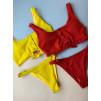 Красный трикотажный купальник с кнопками на бюсте 1004
